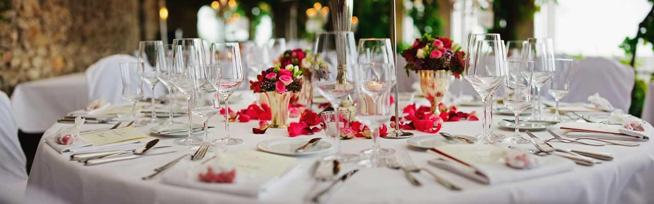 Pitopalvelu ja catering räätälöitynä tilaajan toiveiden mukaan